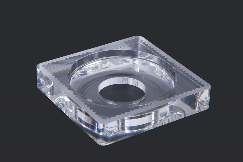 Square coin box